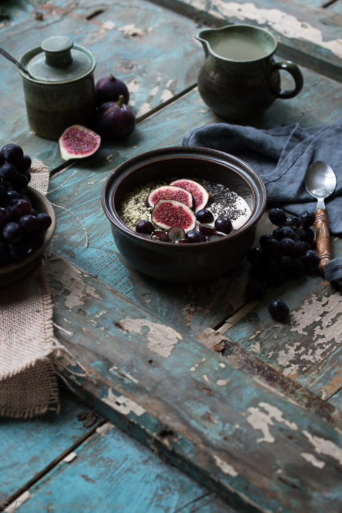 Fig & Sable Grape topped Creamed Coconut Oats