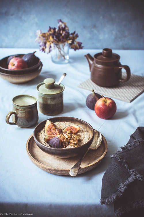 Quinoa & Maca Porridge, topped with Fig & Walnuts