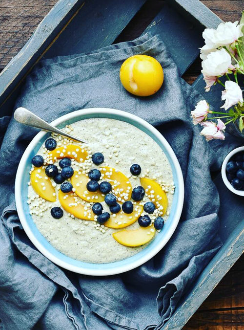 Courgette & Coconut Creamed Oats with Blueberries