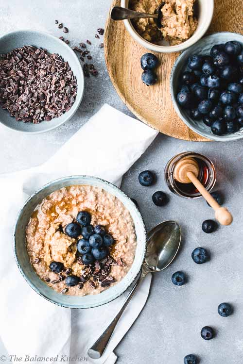 Chocolate, Maca & PB Oatmeal Breakfast Bowl