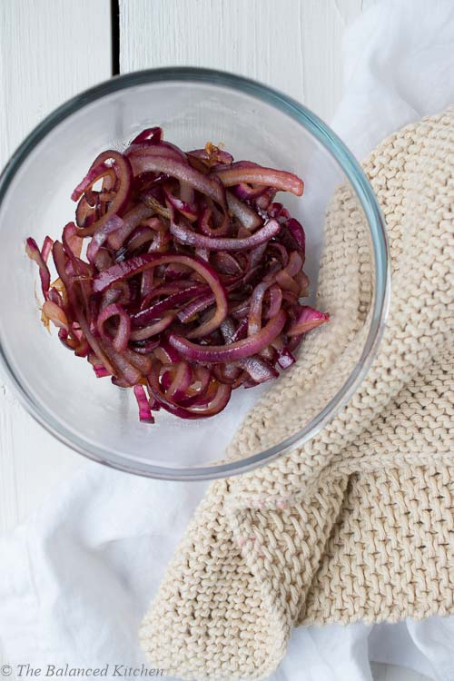 Quick and Easy Sweet, Caramelised Red Onion