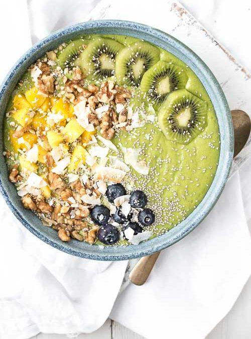 Fresh, Green Tropical Mango & Kiwi Smoothie Bowl