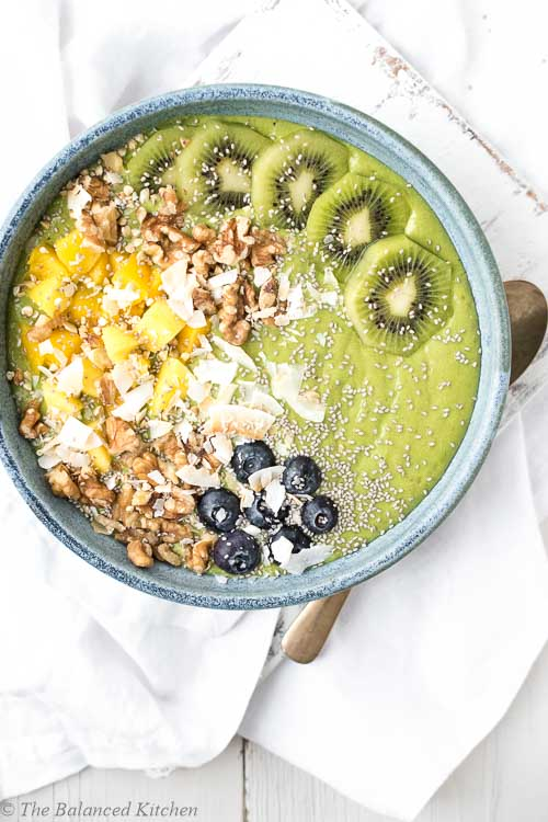 Fresh, Green Tropical Mango & Kiwi Smoothie Bowl