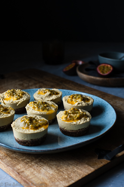 Mini Mango & Passion Fruit Raw Cheesecakes – vegan