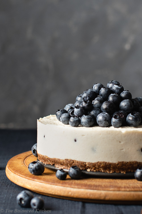 Raw Blueberry & Lemon Cheesecake with Nutella Crust