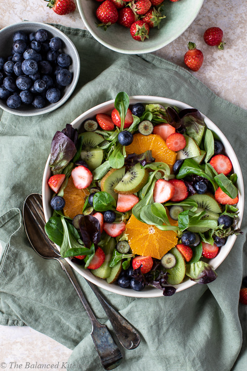 Green Leaf Salad with Strawberries, Blueberries, Orange & Kiwi