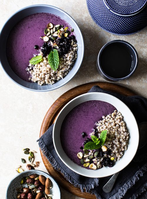 Blueberry & Banana Smoothie with Buckwheat, Nuts & Seeds
