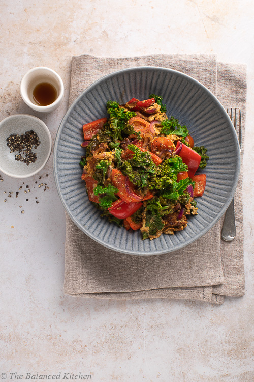 Kale, Red Pepper & Onion Egg Scramble with Balsamic, Ginger & Garlic